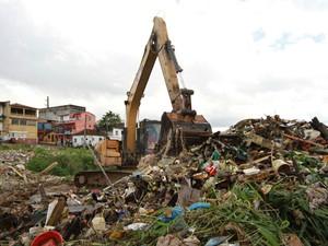 Prefeitura diz que ações de limpeza retiraram 2,1 mil toneladas de resíduos (Foto: Tácio Melo/Semcom)