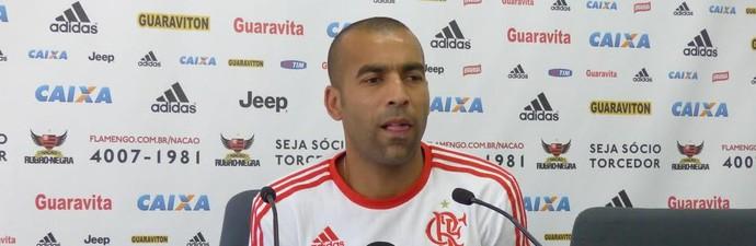 Emerson Sheik coletiva Flamengo (Foto: Fred Gomes)