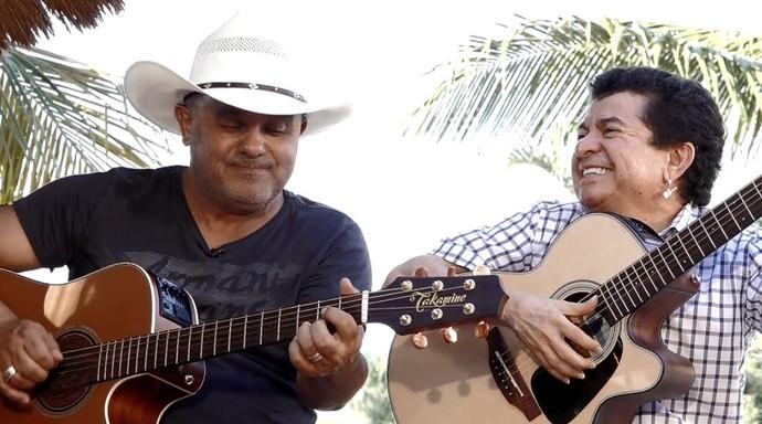 """Já Rionegro & Solimões trouxeram sucessos como """"O Frio da Madrugrada"""" e """"O Cowboy Vai Te Pegar"""" (Foto: reprodução EPTV)"""
