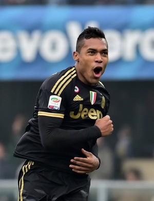 Alex Sandro Juventus Chievo (Foto: AFP)