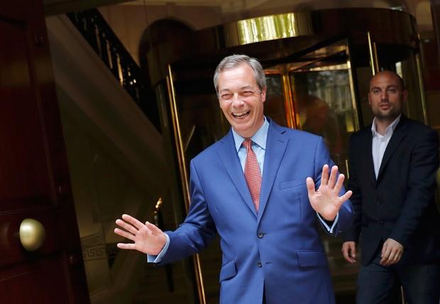 'Fizemos tudo isso sem precisar brigar, sem precisar disparar uma bala', diz Farage (Foto: Stefan Wermuth/Reuters)
