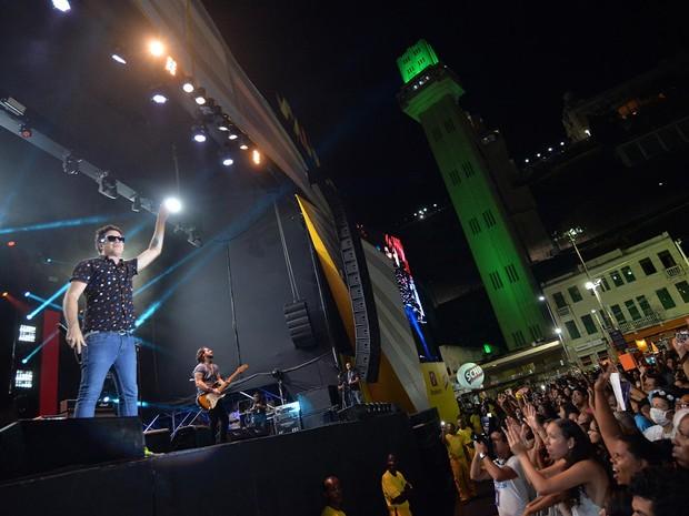 Jota Quest cantou sucessos no segundo show da noite desta segunda-feira, em Salvador (Foto: Max Haack/Agecom)