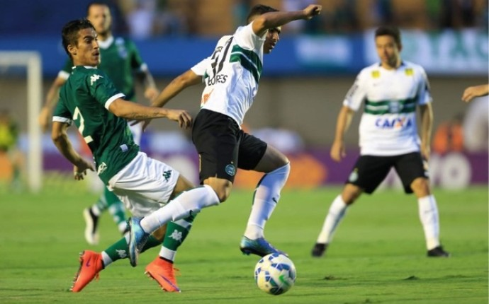 Goiás x Coritiba - Série A 2015 (Foto: Wildes Barbosa / O Popular)