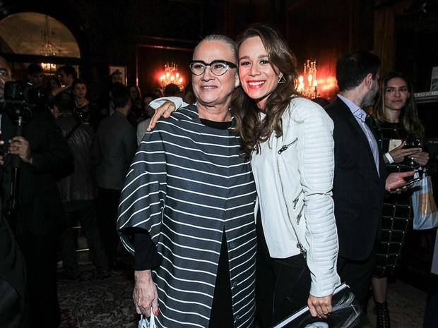 Vera Holtz e Mariana Ximenes em evento na Zona Sul do Rio (Foto: Marcello Sá Barretto/ Ag. News)