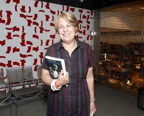 Alice Serzedelo no lançamento da biografia do Padre Fábio de Melo (Foto: Anderson Barros / EGO)