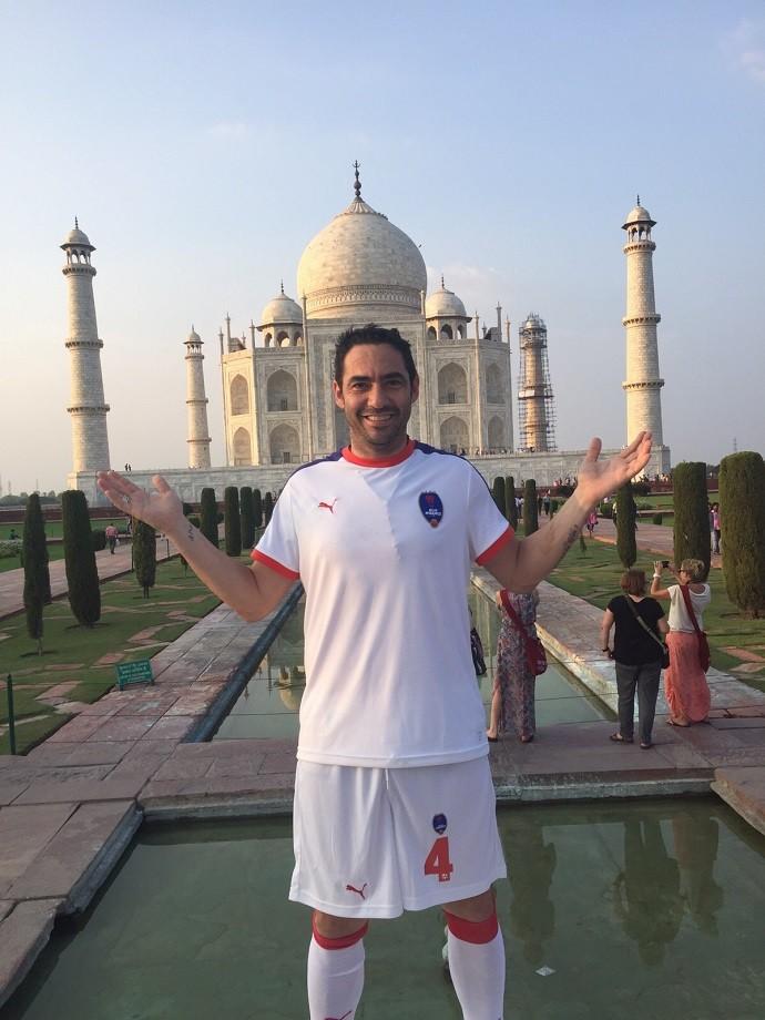 BLOG: Taj Mahal emoldura apresentação de Roberto Carlos e Chicão na Índia