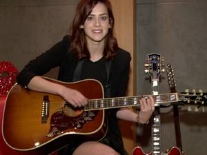 Sophia Abrahão afirma que está vivendo um sonho ao ver seu álbum ser lançado (Foto: Gshow)