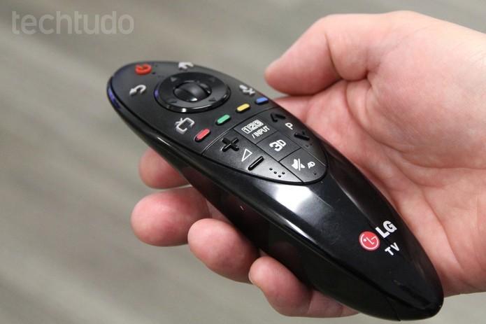 Controle remoto de uma TV da LG (Foto: Isadora Díaz/TechTudo)