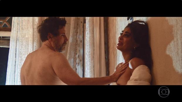 Antônio Calloni e Juliana Paes em cena em 'Dois irmãos' (Foto: Reprodução/TV Globo)