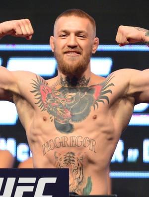 Conor McGregor pesagem UFC 196 (Foto: Jason Silva)