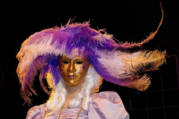 As máscaras, com influência do Carnaval de Veneza, passeiam livremente em Malta (Foto: Haroldo Castro/ÉPOCA)