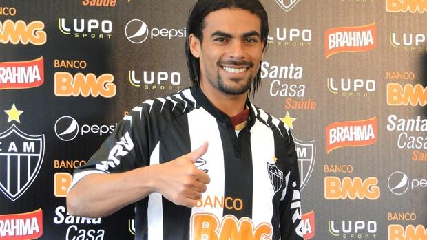 Araújo, atacante do Atlético-MG (Foto: Fernando Martins / Globoesporte.com)