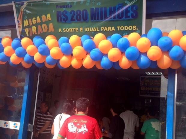 Mega da Virada paga prêmio de R$ 280 milhões na quinta-feira (31) (Foto: Jéssica Alves/G1)