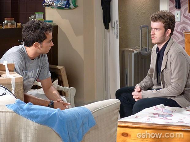 Sidney fica sabendo que Ben está na pior e vai dar uma força ao amigo (Foto: Malhação / TV Globo)