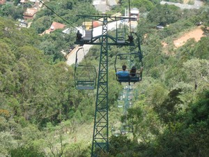 Vista do trajeto do teleférico de Nova Friburgo registrada por internauta na véspera da tragédia (Foto: Theo Ian Cavalcanti/VcnoG1)