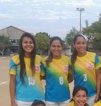 Silmara Batista jogou pelo America com a camisa 15 no Campeonato de Futebol Amador Feminino (Foto: Dayane Rocha)
