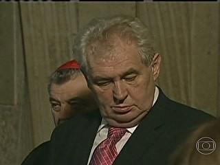 Milos Zeman presidente tcheco (Foto: Reprodução/TV Globo)