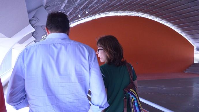 Adriana Behar visita  VIla Olímpica Ronaldo Marinho (Foto: Larissa Keren / GloboEsporte.com/pb)