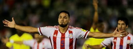 Paraguai derrota o  Equador e respira na luta  por vaga na Copa de 2018 (Reuters)