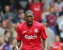 Liverpool publica vídeo em homenagem a Cissé, que anunciou aposentadoria