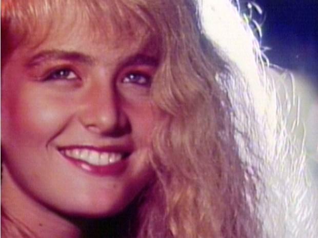 Angelica no videoclipe Vou de Taxi