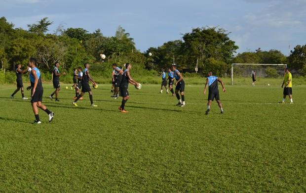 Ypiranga-AP treina para jogo contra o Maranhão, pelo Brasileirão Série D (Foto: Jonhwene Silva, do GE-AP)