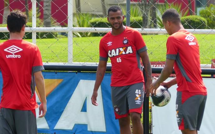 Marcão Atlético-PR (Foto: Monique Silva)