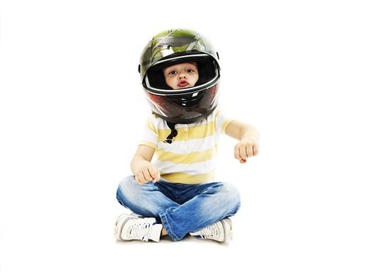 Semana Nacional do Trânsito: dicas de segurança para transportar as crianças de moto