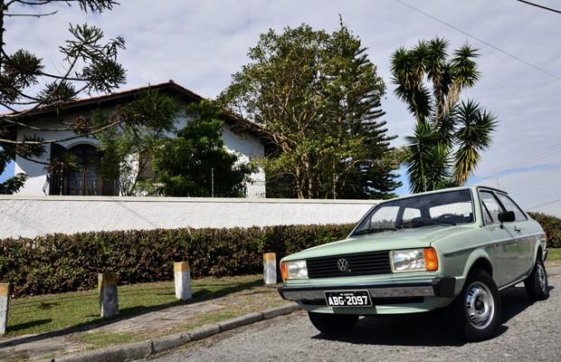 Com 99,5% de originalidade e 96,5% de conservação, Voyage LS 1981 conquista placa preta (Foto: Camilo Fontana/G1)
