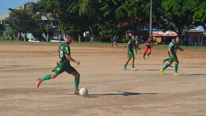 Tapajós vence e é o líder do Campeonato Santareno (Foto: Michael Douglas/GloboEsporte.com)