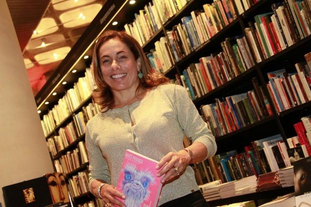 Cissa Guimarães no lançamento do livro de Maitê Proença (Foto: Isac Luz / EGO)