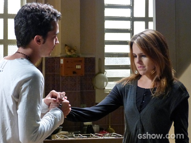 Ben faz um último apelo a Anita (Foto: Malhação / TV Globo)