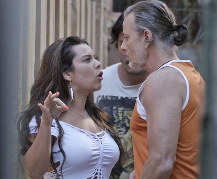 Mel dá ultimato para Vavá (Foto: TV Globo)
