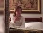 Zilu Godoi tem alta médica e posta foto com o rosto inchado em casa