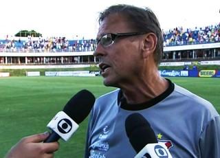 Waldemar Lemos, técnico do Anápolis (Foto: Reprodução/Premiere)