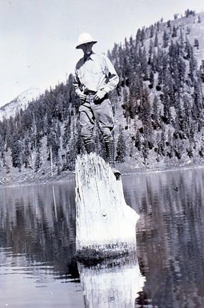 (Foto: Foto tirada em 1930. (Wikimedia Commons/ Reprodução)
