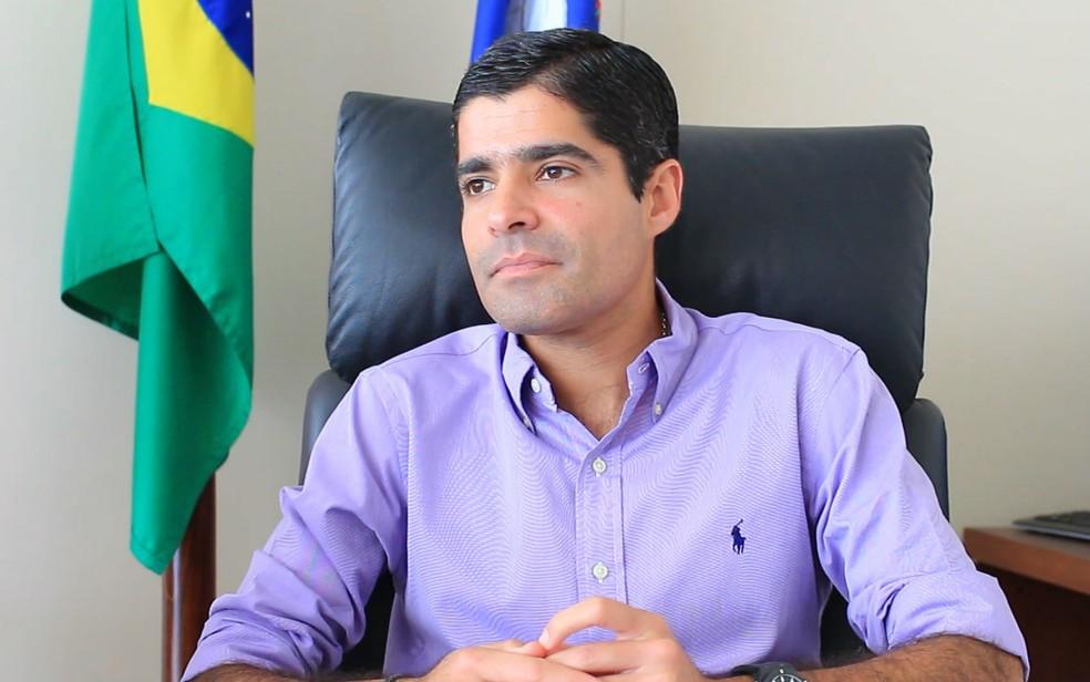 ACM Neto concedeu entrevista no gabinete do Palácio Thomé de Souza, em Salvador (Foto: Egi Santana / G1 BA)