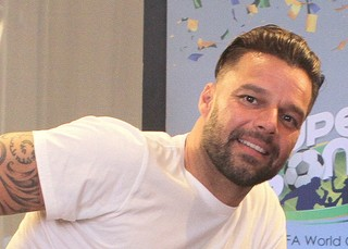 Ricky Martin durante coletiva de imprensa (Foto: Isac Luz / EGO)