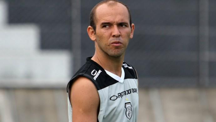 Fabinho Cambalhota, atacante do Treze (Foto: Nelsina Vitorino / Jornal da Paraíba)