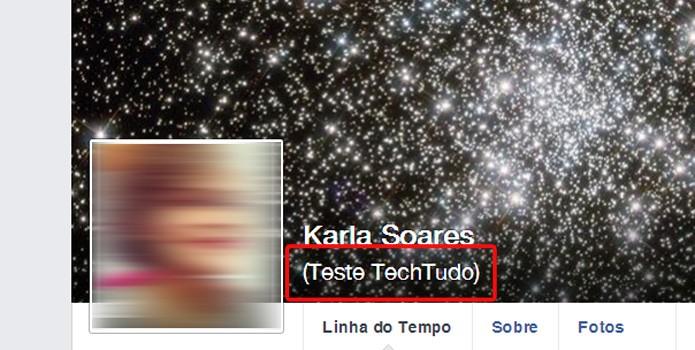 A identificação alternativa aparece logo abaixo do nome real na linha do tempo (Foto: Reprodução/Karla Soares)