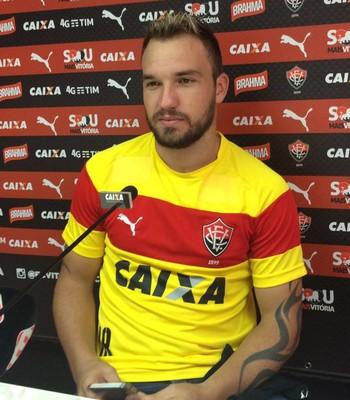 willian farias; willian farias vitória (Foto: GloboEsporte.com)