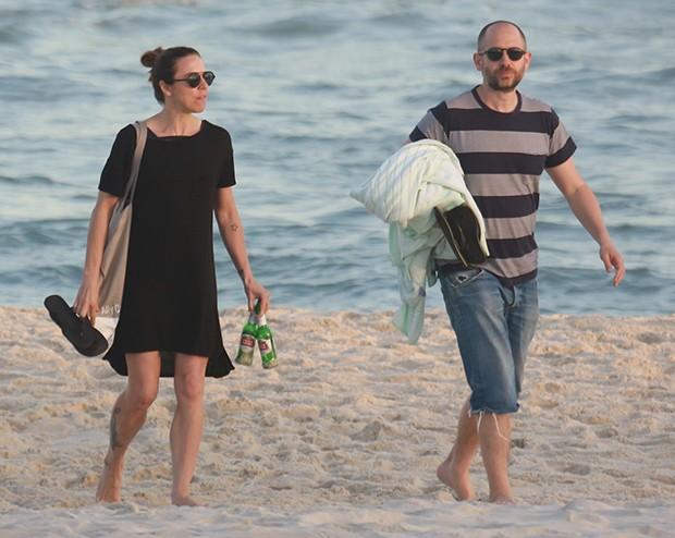 Mel C e namorado (Foto: Agnews)