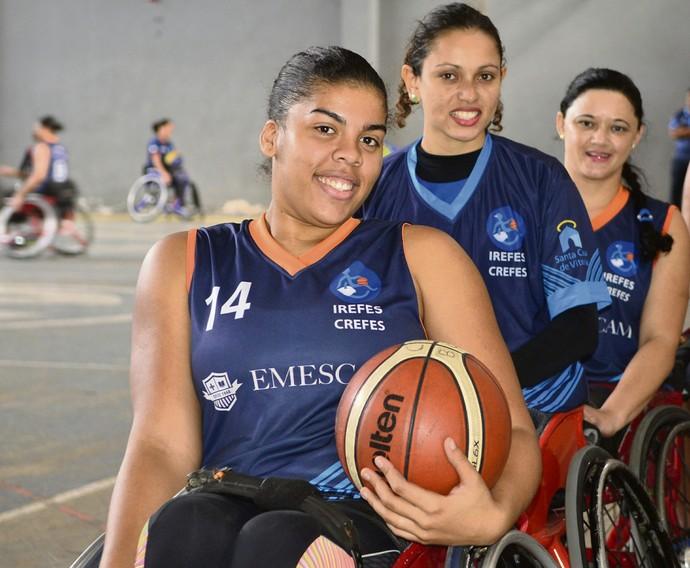 basquete em cadeira de rodas, Jéssica Silva, Geisiane Souza e Bisa Silva (Foto: Guilherme Ferrari/A Gazeta)