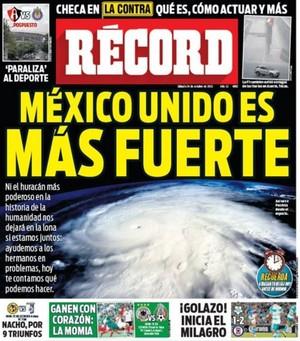 Capa jornal Record México furacão Patrícia (Foto: Reprodução)