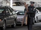 Juiz declara inconstitucional proibir venda de armas em Chicago, EUA