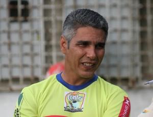 Nilton Nery, técnico do Plácido de Castro (Foto: João Paulo Maia)