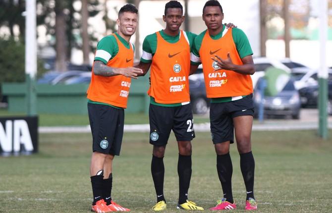 Baraka, Moacir e Jajá, do Coritiba (Foto: Divulgação/ Site oficial Coritiba)