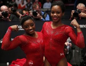 Simones Biles e Gabby Doulgas ginástica mundial (Foto: Reuters)