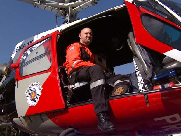 Dr. Ricardo Vanzetto, médico do helicóptero Águia da Polícia Militar. (Foto: Victor Freitas / EPTV)