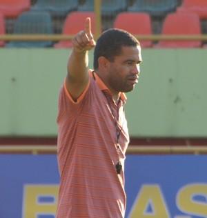Nei Gaúcho, técnico do Rio Branco-AC (Foto: Murilo Lima)